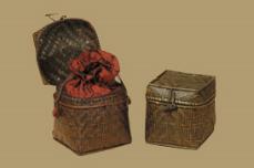 Woven bamboo urn casket