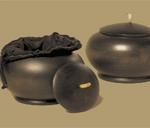 Small mango wood urns